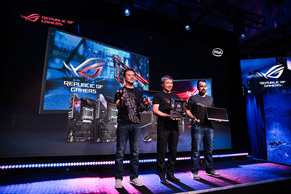 ASUS Republic of Gamers a găzduit Intelligent Evolution Event la Gamescom 2019